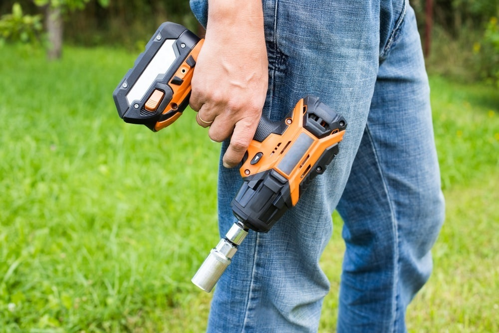 Best Cordless Impact Wrenches of 2020 – Complete Buyer's Guide 9