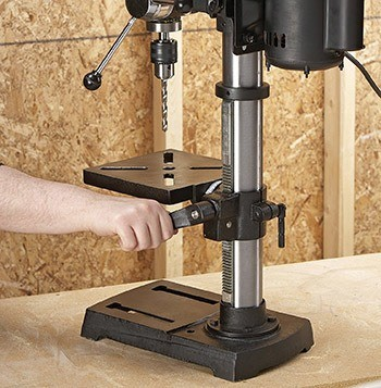 Best Drill Press Reviews – 2020 Buyer's Guide 13